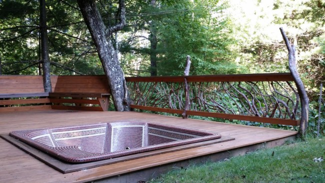 Hot Tub Deck au Naturale