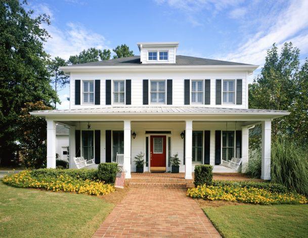 farmhouse-style-front-porch
