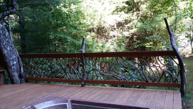 mountain-Laurel-handrail