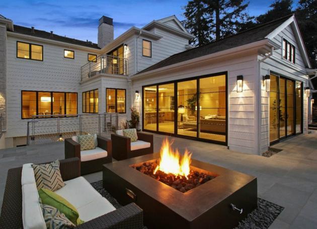 outdoor-living-firepit