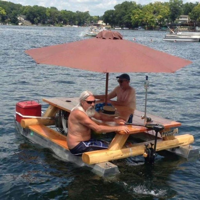 lake-living-picnic-table