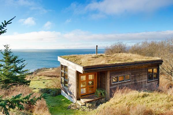 rustic-island-outdoor-living