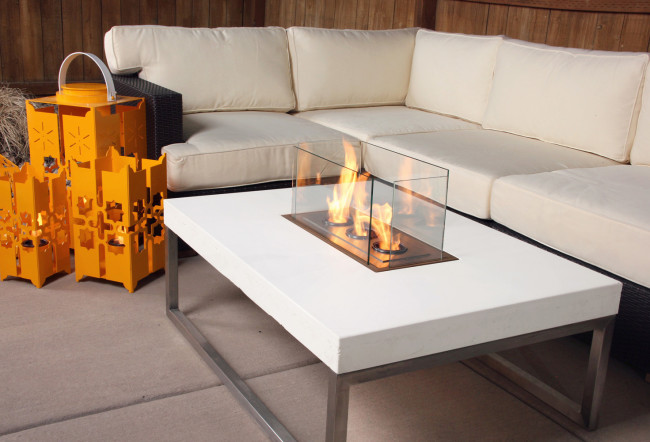 Tables for your Outdoor Living Room